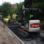 Bau des Fahradweges im Dorf am 04.08.2016.